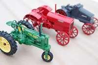Modeller av gamla traktorer