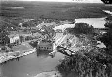 Flygfoto över Älvkarleby vattenkraftverk 1936.