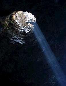 Grottöppning.