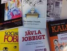 Framsidor av böcker om olika funnktionsnedsättningar