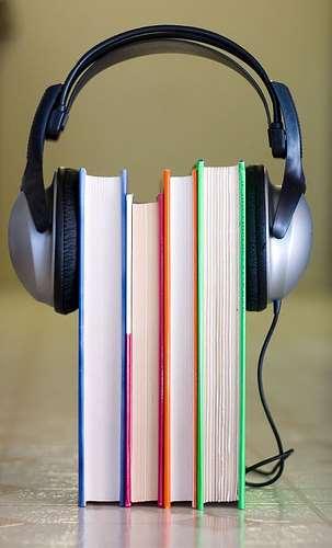 Läsa eller lyssna på en bok